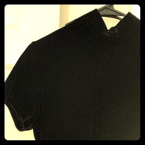 Vintage velvet short-sleeve turtleneck